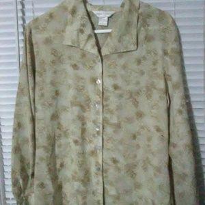 New button down blouse beige
